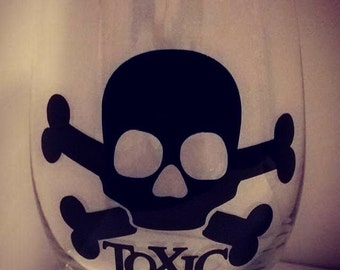 Skull Toxic Decal Glassware, Stemless Wineglass