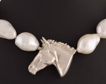 Pearl Necklace horse head XL • • solid & 3D • silver • freshwater cultured pearl • Sterling