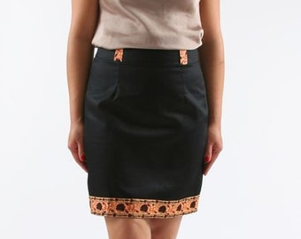 skirt in cotton with yoke in fabric wax