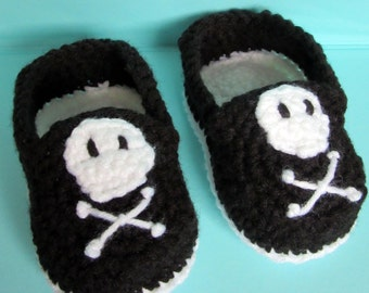 Crochet Pirate Baby Booties, baby boy, baby gift, crochet baby shoes, pirate baby shower, crochet baby booties, pirate baby, baby shoes boy