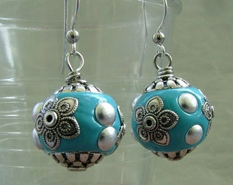Blue earrings with Indian beads
