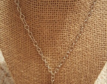 Chain necklace with heart pendant