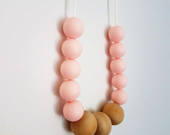 Pink silicone bead nursing necklace/Teething