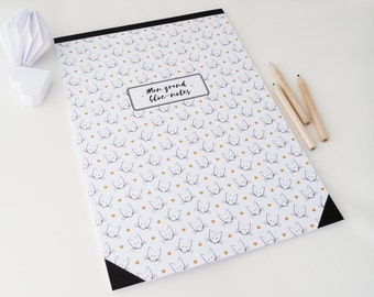 Large Notepad illustrated with heads of cats and hearts