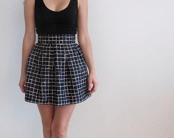 Black Skirt, White Skirt, High Waisted Skirt, Pleated Skirt, Small Skirt
