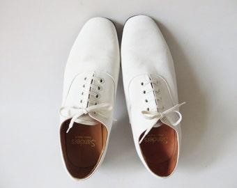 1960 white dress shoes