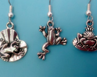 FROG EARRINGS,Frog Jewelry,Frog Gift,Silver Frog Earring,Silver Frog Jewelry,Frog Charms,Frogs,Frog Charm Earrings,Animal Jewelry,Frog Charm