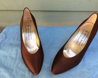 20% OFF SALE-- Vintage Bruno Magli Heels -- Size 6.5