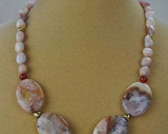 "Necklace - 19"" Peach Marble and Carnelian Beaded Necklace"