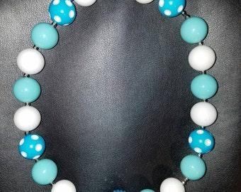 Light blue/white chunky polka dot bubblegum bead necklace