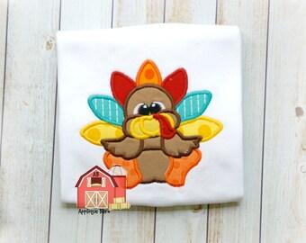Sitting Turkey applique design, Thanksgiving applique design