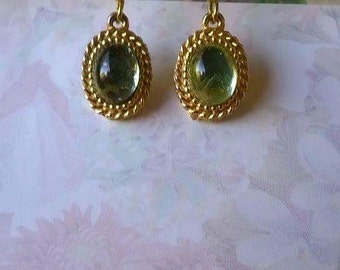 Antique Green Oval