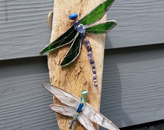 stained glass dragonfly wall hanging