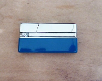 Cigarette cigar lighter Pocket purse gas refill Mens smocking accessories Metal lighter Stainless enamel blue refillable Collectible unused