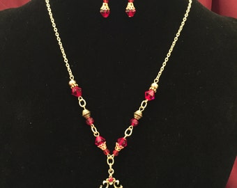 Vintage Red Charm Necklace Set