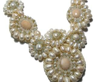 Boho wedding, Bohemian bride, Bridal Accessory, Boho Chic Wedding Jewelry, Bridal Necklace, Pearl Necklace, Statement Wedding Necklace, bib