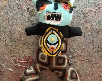 Primitive Folk Art Doll Cambry