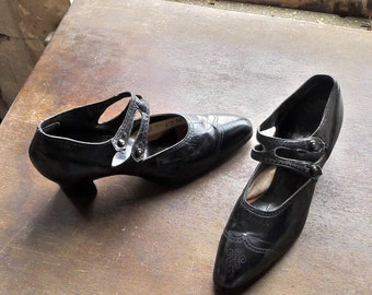 1920s Flapper Shoes Double T-Bar Strap Mary Janes US 7 Euro 37