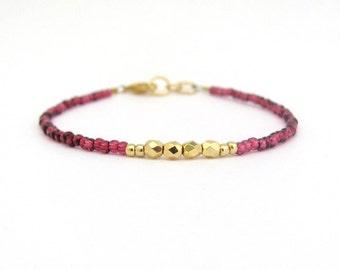 Cranberry Red Bracelet, Beaded Bracelet, Valentine Friendship Bracelet, Red Berry, Dainty Petite Bracelet, Beaded Bracelet, Stocking Stuffer