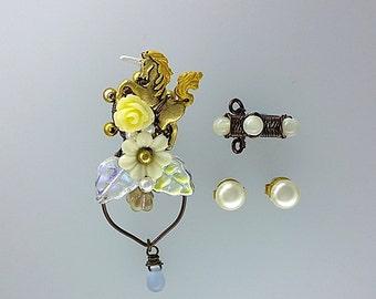 White Unicorn Ear Cuffs With Vintage Pearl Studs, Woodland Ear Cuff, Fantasy Ear Cuff, Unicorn Earrings, Unicorn Jewelry, Unique Ear Cuff