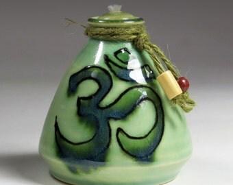 Mini Ohm Oil Lamp in Green - Meditation Oil Lamp - Yoga Meditation Lamp