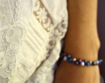 Multi Colored Freshwater Pearl Bracelet . Science Bracelet . Metallic Blue Bead Bracelet . 7 Inch Bracelet - Melody Cosmos Collection