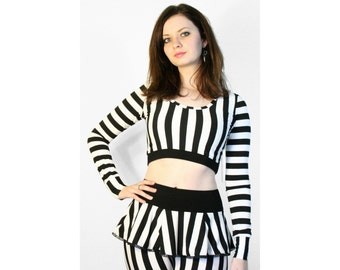 Black and White Striped Cropped Sweater XS S M L XL 2XL scoop neck shrug top longsleeve shirt vertical stripes beetlejuice costume cosplay