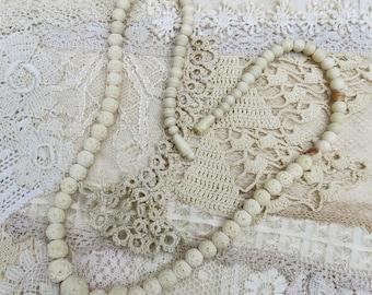Vintage Carved Bone Bead Necklace ... Hand carved graduated bone bead necklace ... creamy ivory  necklace