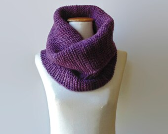 Chunky Cowl Scarf Knit in Purple Wool - Snood