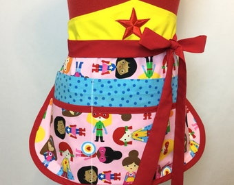 Superhero Kids Teacher Apron, Wonder Girls Sassy Vendor Apron with 6 pockets, great for Teacher Gifts, Gardening, Crafts, Farmers Market