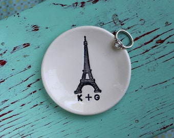 Engagement Ring Dish with Eiffel Tower, Engagement Ring Dish with Initials, Personalized Ring Dish with Initials, Monogram Ring Dish