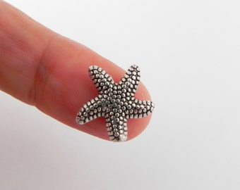10 Starfish Beads in Antiqued Silver - 14mm x 14mm