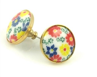 ON SALE Vintage Yellow and Red Floral Post Earrings