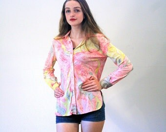 Mango Strawberry, 70s Blouse, Disco Blouse, 1970s Saks Fifth Avenue Top, Pink & Yellow Nylon Print Blouse, Psychedelic Hipster Shirt S