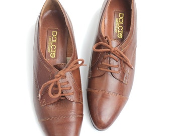 sz 9   Vintage Brown Leather Oxfords   Classic Menswear Brogues   Near Mint Condition   40