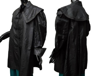 1910s Black Weighted Silk Arts And Crafts Era Drape Collar Coat for Study Pattern