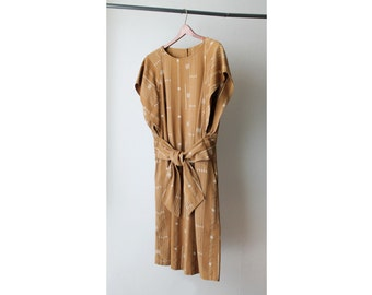 1960's Oversized Wrapped Front Tie Midi Dress
