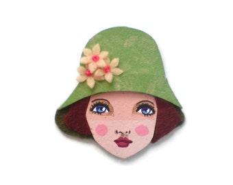 Retro Girl Fabric Brooch,Felt Brooch, Art Brooch, Wearable Art Jewelry, Mother's Day Gift