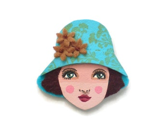 Retro Girl Fabric Brooch,Felt Brooch, Art Brooch, Wearable Art Jewelry, Mother's Day Gift