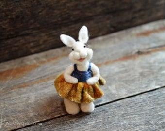 Bunny Rabbit  - needle felted - Bear Creek Bunnies -333