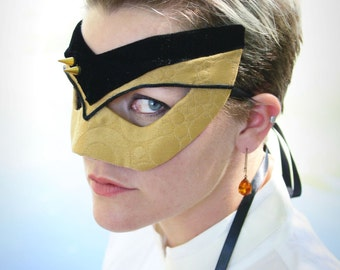 Tasha - Star Trek: The Next Generation -Inspired Masquerade Mask in Gold and Black