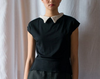 SALE - Evergreen Button-Back Merino Wool Blouse in Noir