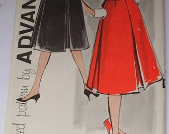 Vintage 1960s Advance Sew-Easy Pattern #9500
