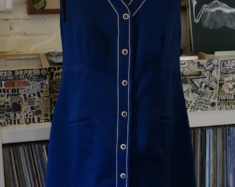 70s mod pinafore jumper dress shift sleeveless button front blue white contrast stitch 1970 scooter