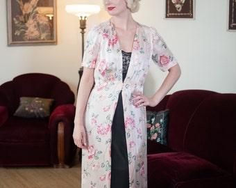 Vintage 1930s Dressing Gown - Charming Pastel Floral Print Rayon Satin Late 30s Robe with Open Front and Peaked Shoulders