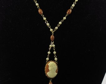 Vintage cameo and pearl necklace
