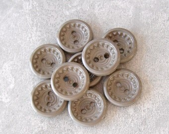 Beige Sewing Buttons 15mm, 5/8 inch - Vintage Pastel Brown Retro Mod Flower Buttons - 9 VTG NOS Beige Plastic Sew Through Buttons PL285