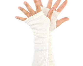 Arm Warmers in Cream Bamboo Waffle - Milky White