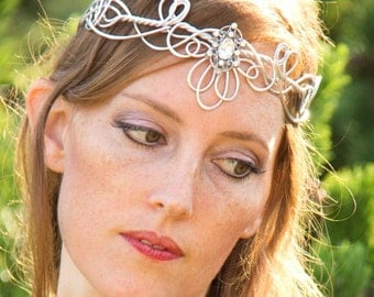 Deco Fan Circlet - Celtic Elven Medieval Renaissance - Hand Wire Wrapped - Choose Your Own COLOR - Crown Tiara Bridal Wedding Hairpiece