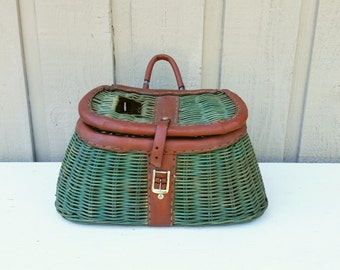 Wicker Fishing Creel, Green Wicker Woven Basket Creel with Leather Straps Fly Fishing Accessory British Hong Kong